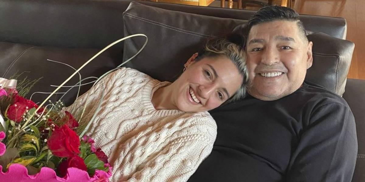 """La historia nunca antes contada de Jana Maradona, una de las hijas del """"Pelusa"""""""