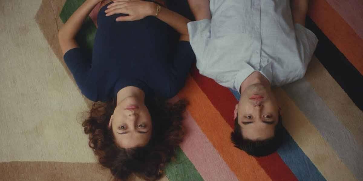 'Almas Gêmeas' é retrato revigorante do amor e da sexualidade nos anos 2020