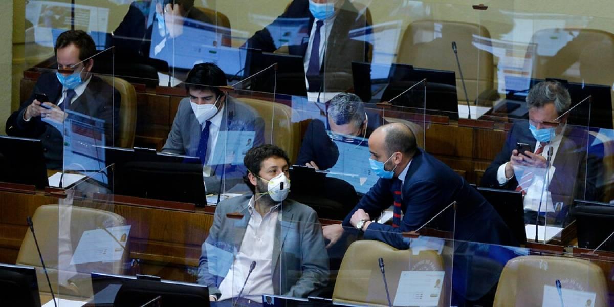 Diputados UDI presentan nuevo proyecto de ley: penar con cárcel a quienes inciten al odio a Carabineros y FF.AA.