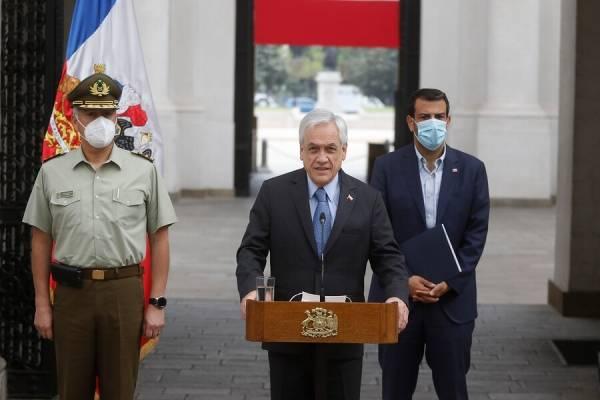 """Piñera confirma renuncia de Rozas: """"Tengo el mayor aprecio, admiración y gratitud por la labor que ha cumplido el general"""""""