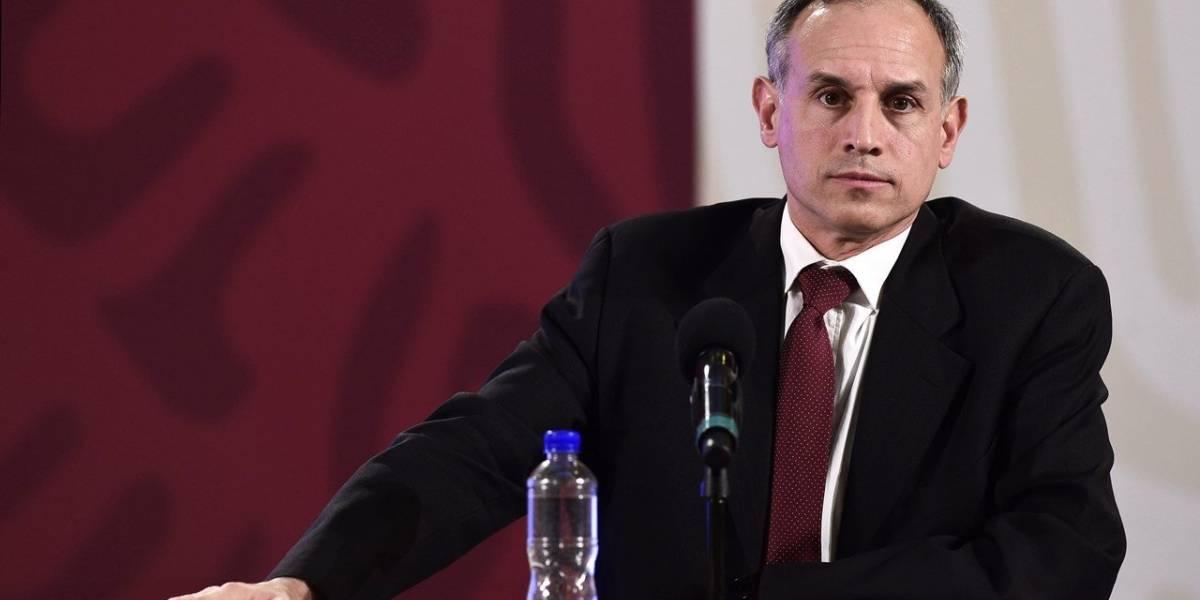 Diputados piden la renuncia de López-Gatell; AMLO lo alaba