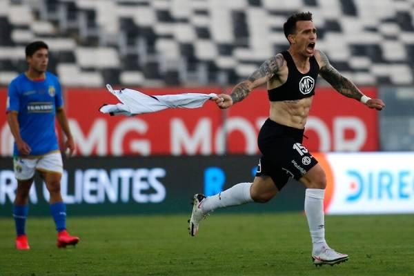 Colo Colo con un gol agónico salió del último lugar de la tabla... pero sigue penúltimo