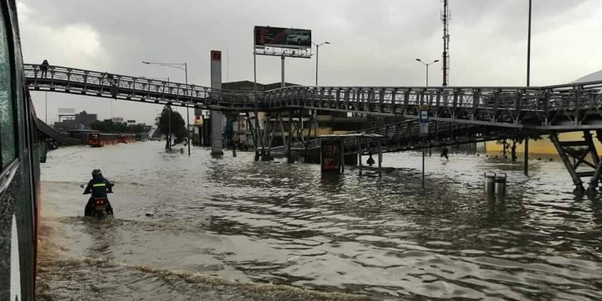 Videos: Inundaciones en el norte de Bogotá, avenidas principales quedaron anegadas