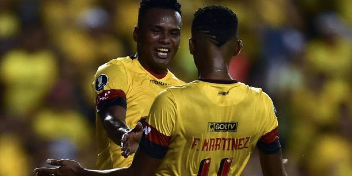 Futbolista Pedro Pablo Velasco denunció asalto en su local y publicó video del robo