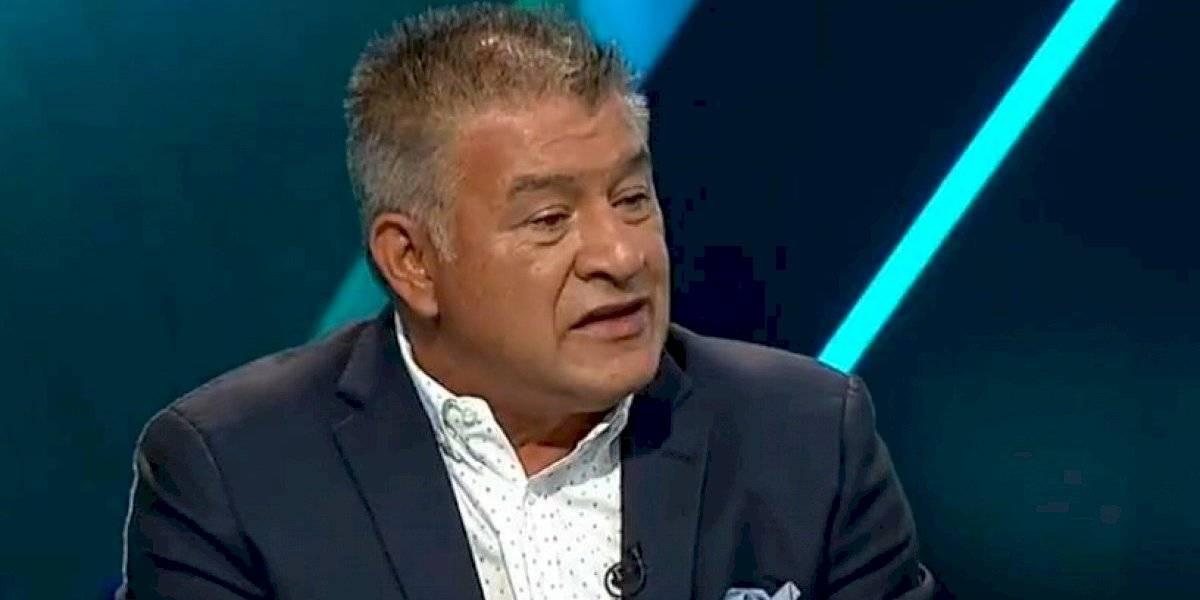 Claudio Borghi blanco de críticas en redes tras piropo a árbitra
