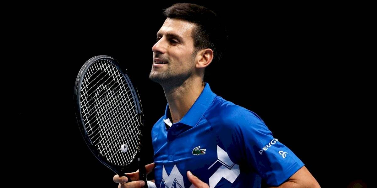 Novak Djokovic avanza a semifinales en las ATP Finals