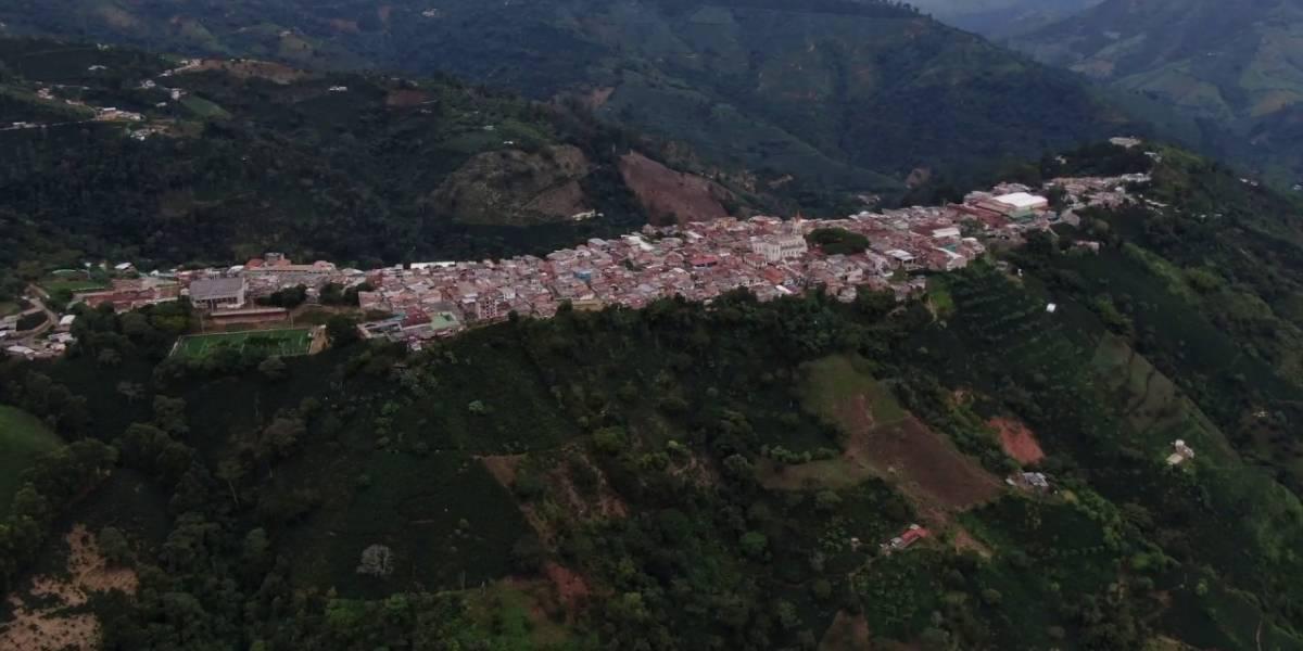 Hallaron a dos jóvenes asesinados con arma de fuego en zona rural de Antioquia