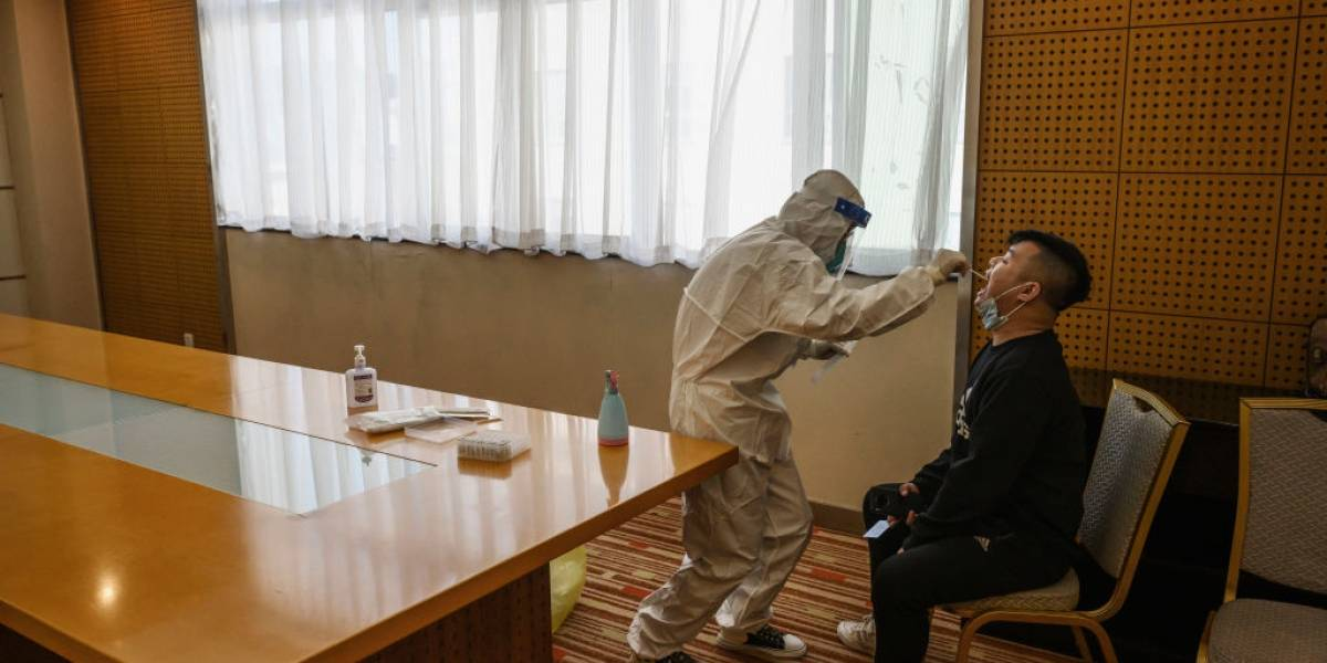 China realiza pruebas Covid a 3 millones tras posible brote