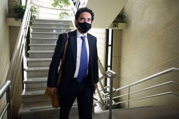 """Ministro Ignacio Briones sobre impuestos en el segundo retiro: """"¿Letra chica o justicia tributaria básica?"""""""