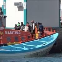 Barcos de rescate llevan a decenas de migrantes y solicitantes de asilo al puertos de España