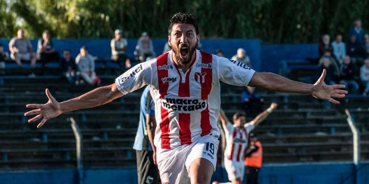 """""""Palote"""" Olivera llena de flores a la UC antes de enfrentarla por la Sudamericana: """"Zampedri es un tremendo delantero, tiene el arco abierto"""""""