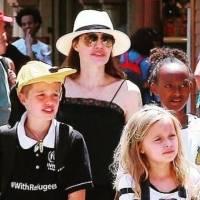 Hija de Angelina Jolie, Vivienne, muestra su sencillez en jeans gastados y camiseta verde oliva en el supermercado
