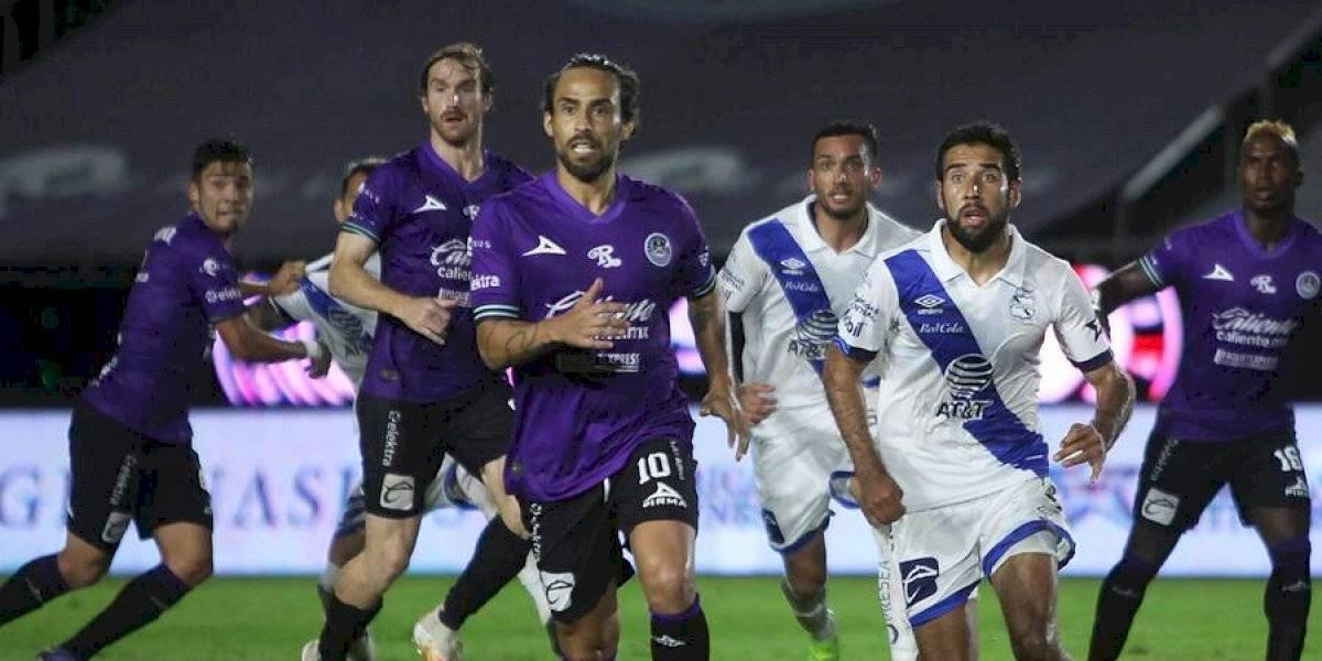 Jorge Valdivia busca club para continuar su carrera y en Chile surgen un par de opciones