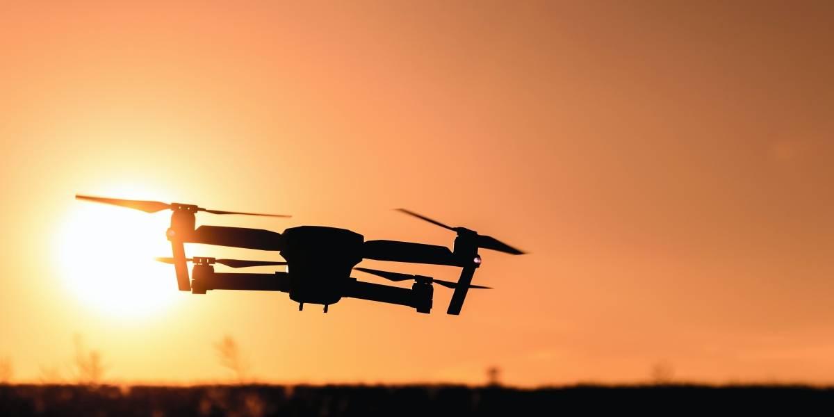 ¿Qué establece el reglamento para el uso de drones en Ecuador?