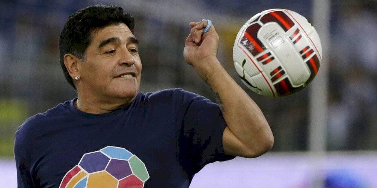 Investigación por muerte de Maradona: revelan chats de los hijos del astro argentino y los médicos que lo trataron