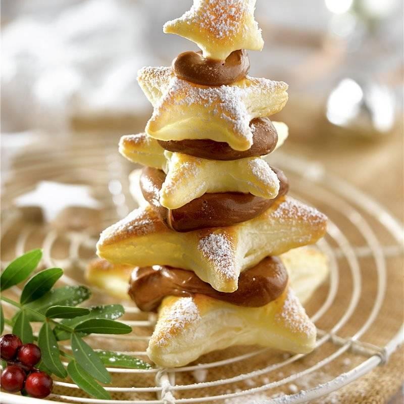 Las galletas con forma de árbol de Navidad seguro serán la sensación para los pequeños de la casa.