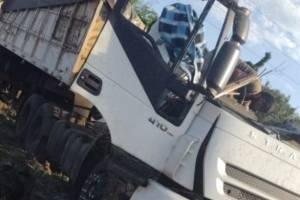Acidente entre ônibus e caminhão deixa mais de 20 mortos em rodovia no interior de São Paulo