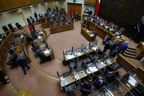 Senado aprueba proyecto del Gobierno para nuevo retiro del 10%