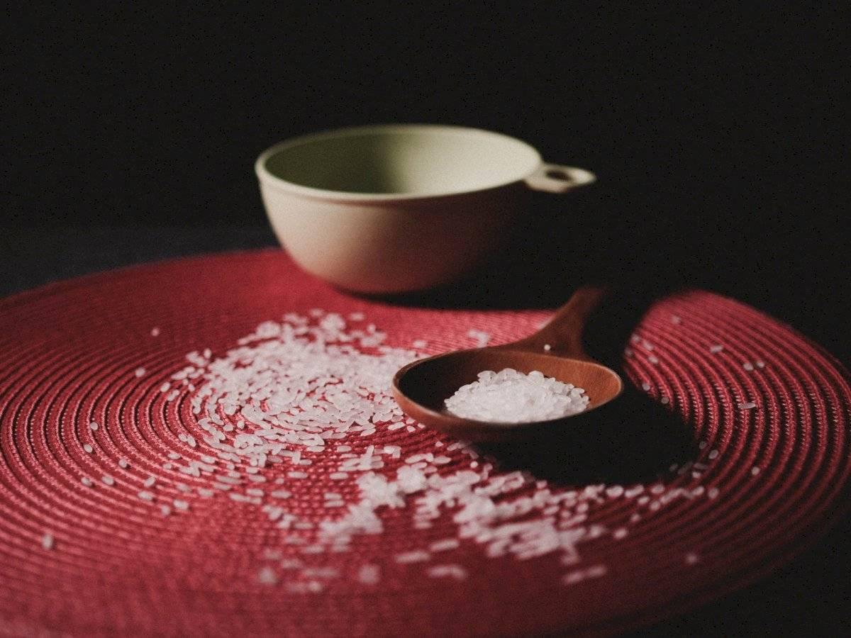 el arroz tiene una proteína que estimula el crecimiento del cabello.