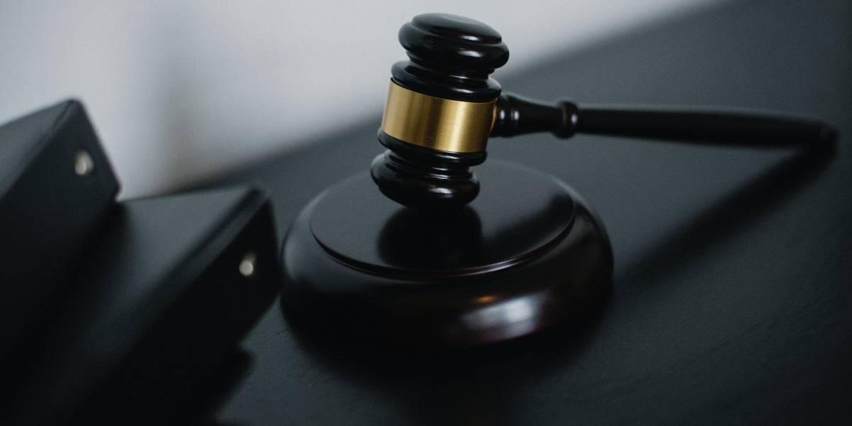 Jueza se quedó dormida en medio de un juicio de un sicario