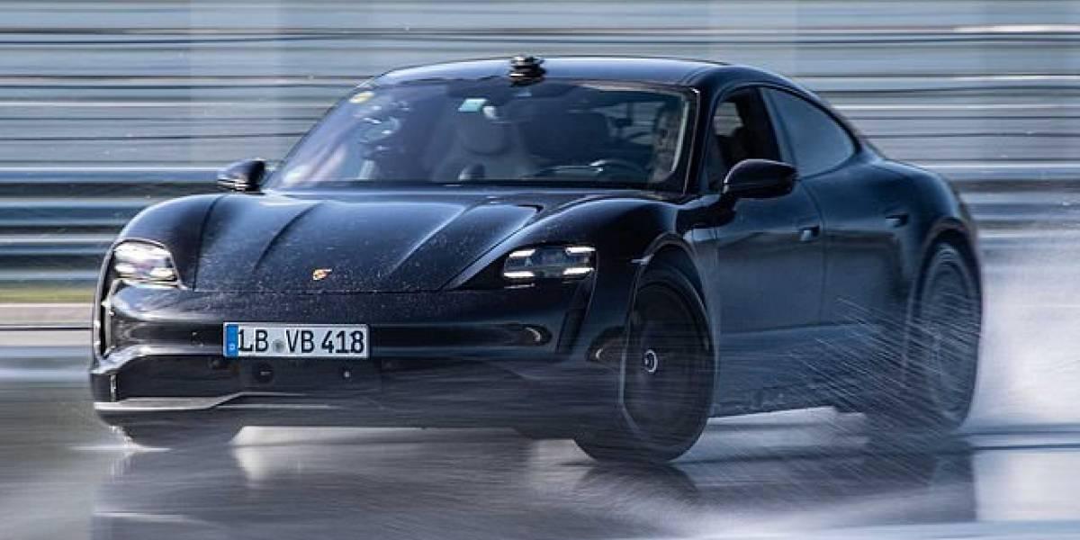 Porsche rompe el récord mundial Guinness del derrape más largo con un auto eléctrico