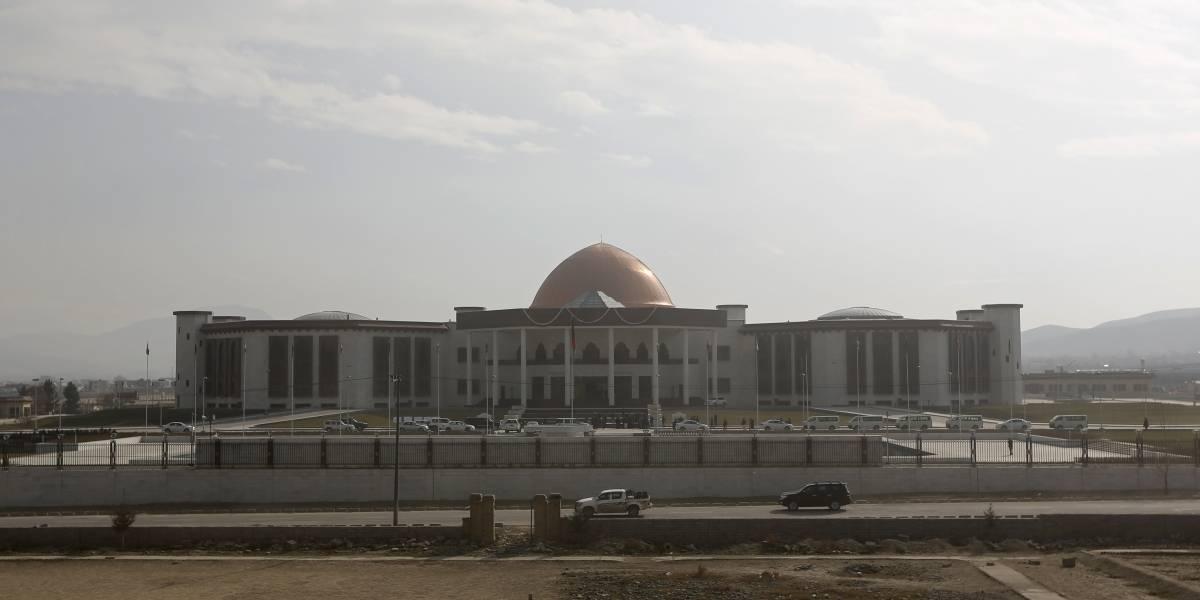 Afganistán.- El Parlamento de Afganistán aprueba a siete altos cargos del Gobierno 14 meses después de las elecciones