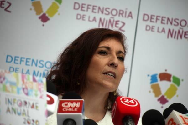 """Sigue la polémica del """"torniquete"""": UDI denuncia ante la Unicef campaña de la Defensoría de la Niñez"""