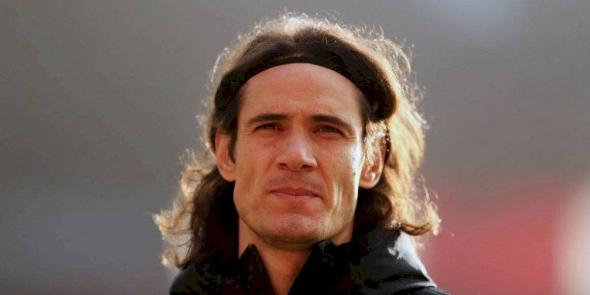 Edinson Cavani se disculpa por publicar comentario supuestamente racista
