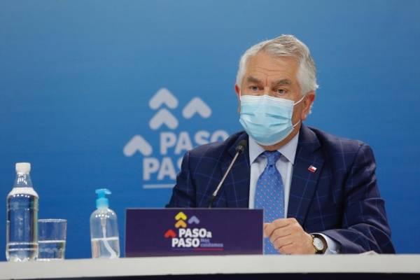 """Ministro Paris y la inminente segunda ola coronavirus: """"Tenemos el equipamiento, pero el personal está cansado, agotado"""""""