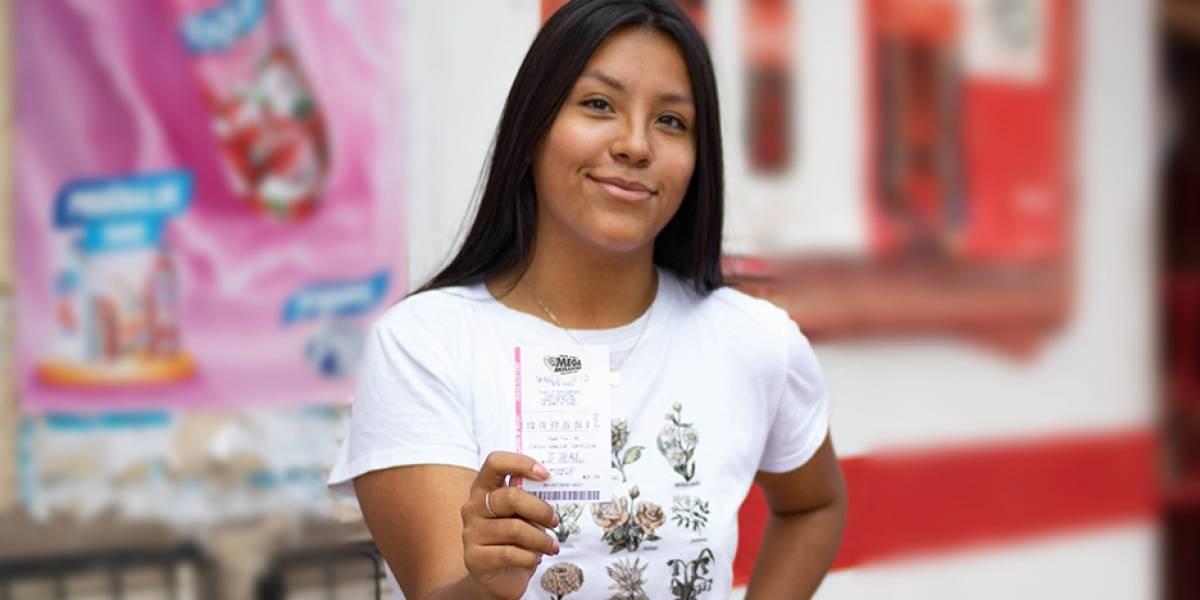 Miles en Ecuador buscan ganar US$ 460 millones en loterías de Estados Unidos