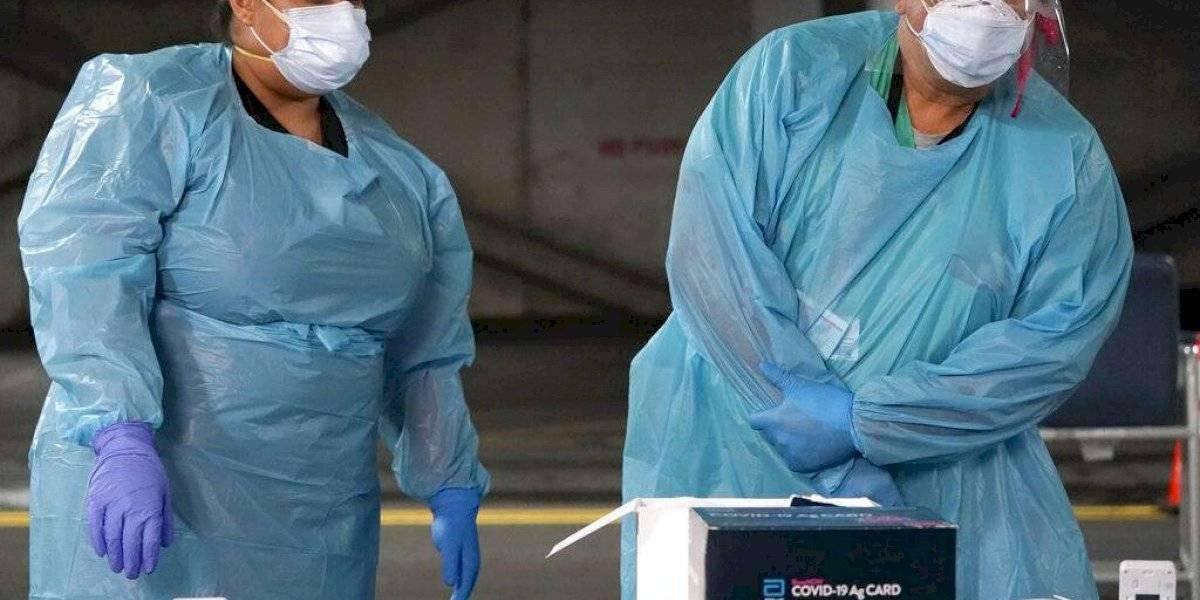 Tras día feriado, Estados Unidos endurece medidas contra el coronavirus