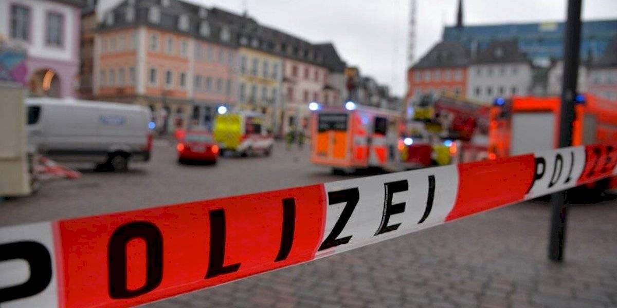 Policía reporta algunos atropellados por un carro en Alemania