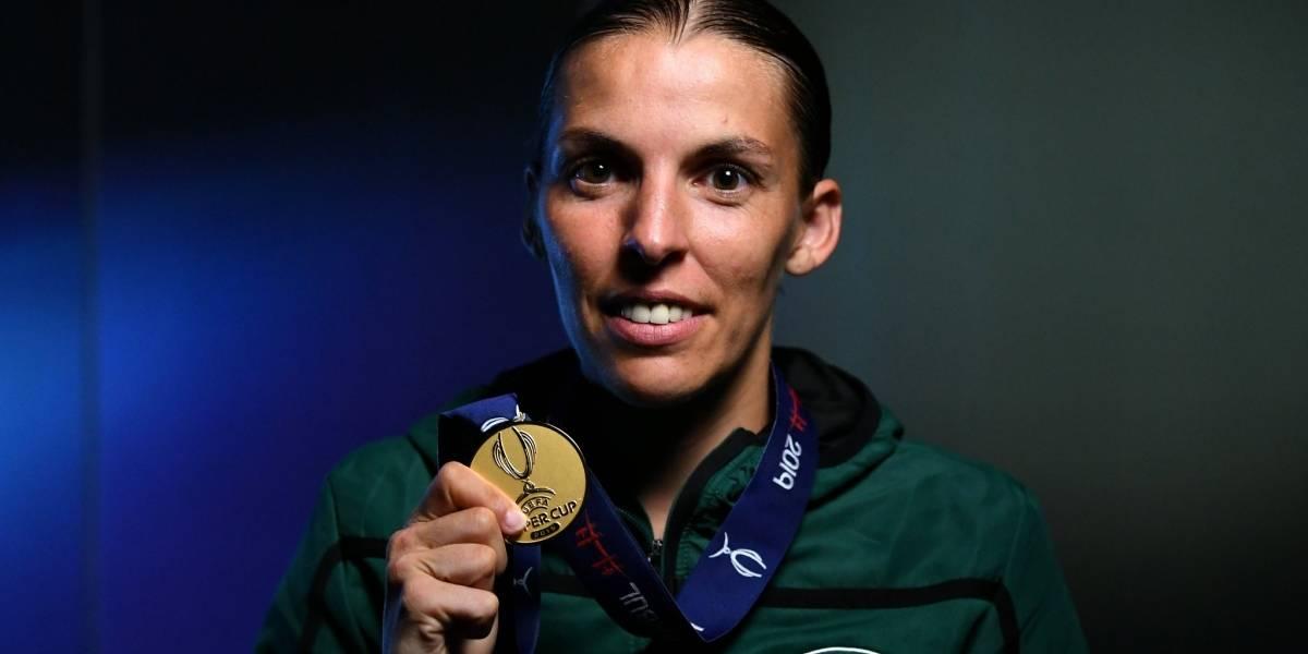 ¡Rompiendo barreras! Stéphanie Frappart, primera árbitra en pitar la Champions