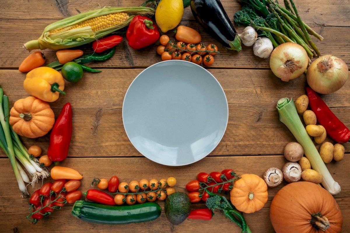En el embarazo debe abundar el consumo de frutas y vegetales.