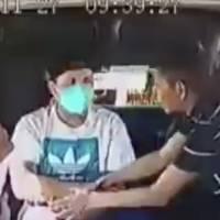 """Dame el celular o te manoseo"" amenaza ladrón durante asalto a combi del Edomex"
