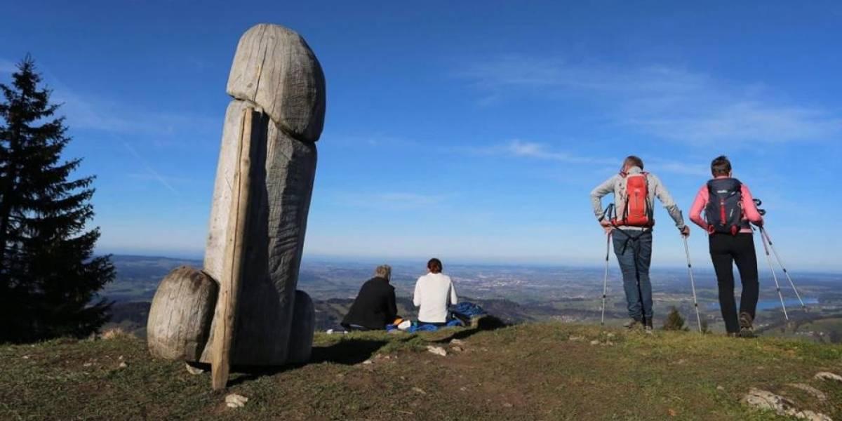 """Misterio del monolito: monumento """"cultural"""" con forma fálica en Alemania desapareció sin dejar rastros"""