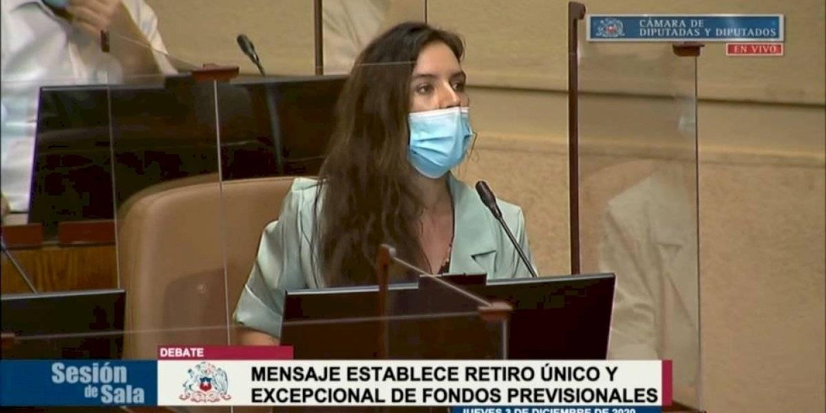 """Camila Vallejo y su emplazamiento a Sebastián Piñera: """"Que el Gobierno deje de hacerse el larry"""""""