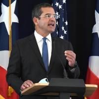 Gobernador adelanta que reabrirán escuelas para marzo