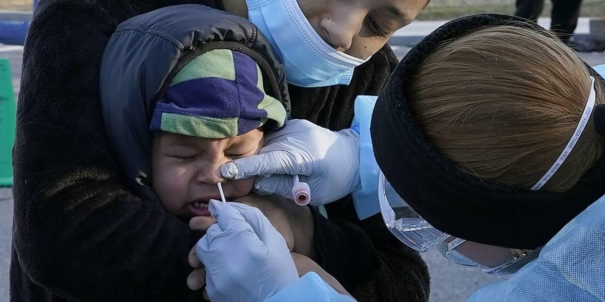 Estados tienen hasta el viernes para hacer pedidos de la vacuna contra COVID