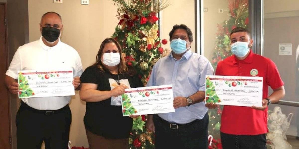 Municipio de Trujillo Alto aumenta a mil dólares el bono de Navidad