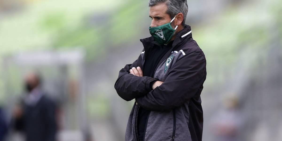 Técnico de Wanderers acusó irregularidad en la llegada de Suazo a La Serena