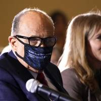 Reportan allanamiento federal en residencia de Rudy Giuliani, abogado personal de Trump