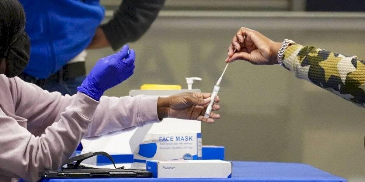 OMS pide a países ricos no limitar vacunas a países pobres