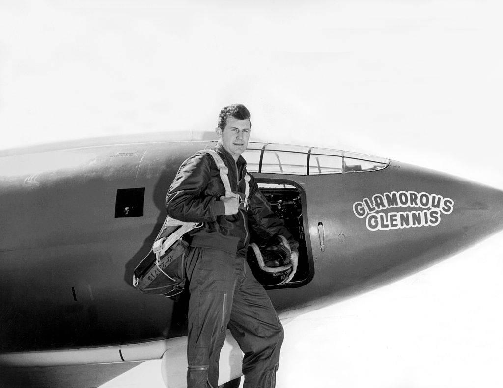 El avión de Chuck Yeager tras romper la barrera del sonido.