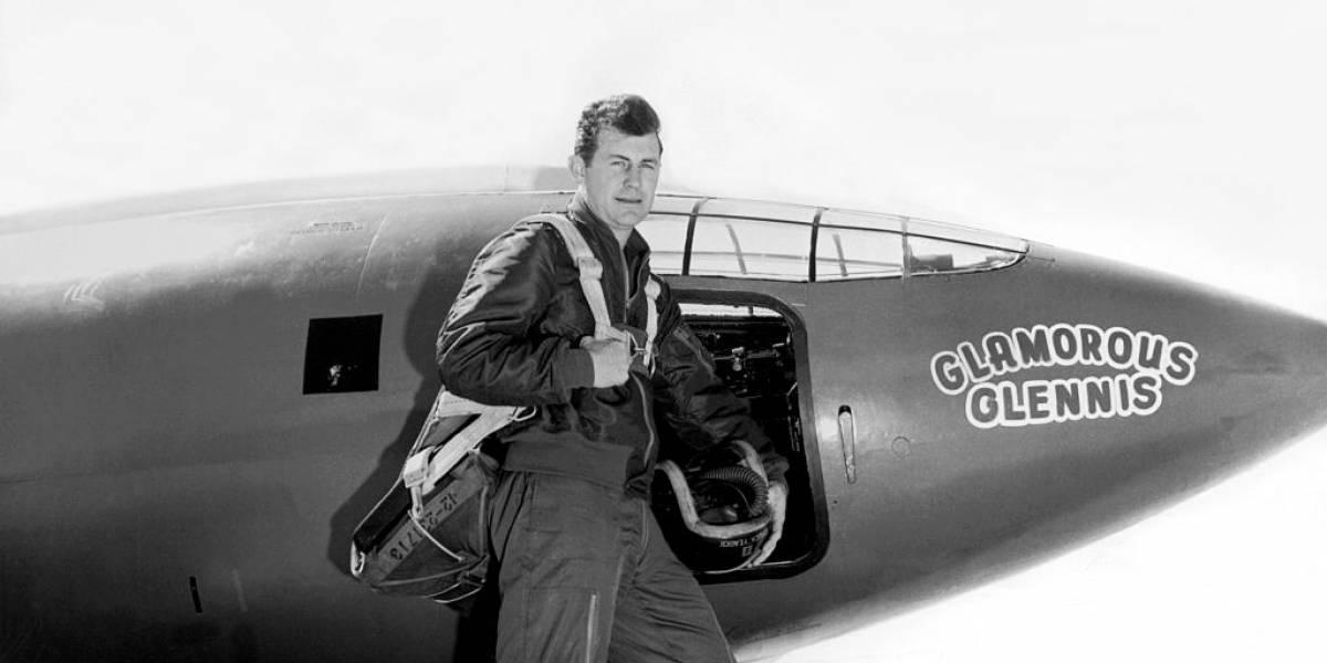 Falleció Chuck Yeager, primer piloto en romper la barrera del sonido