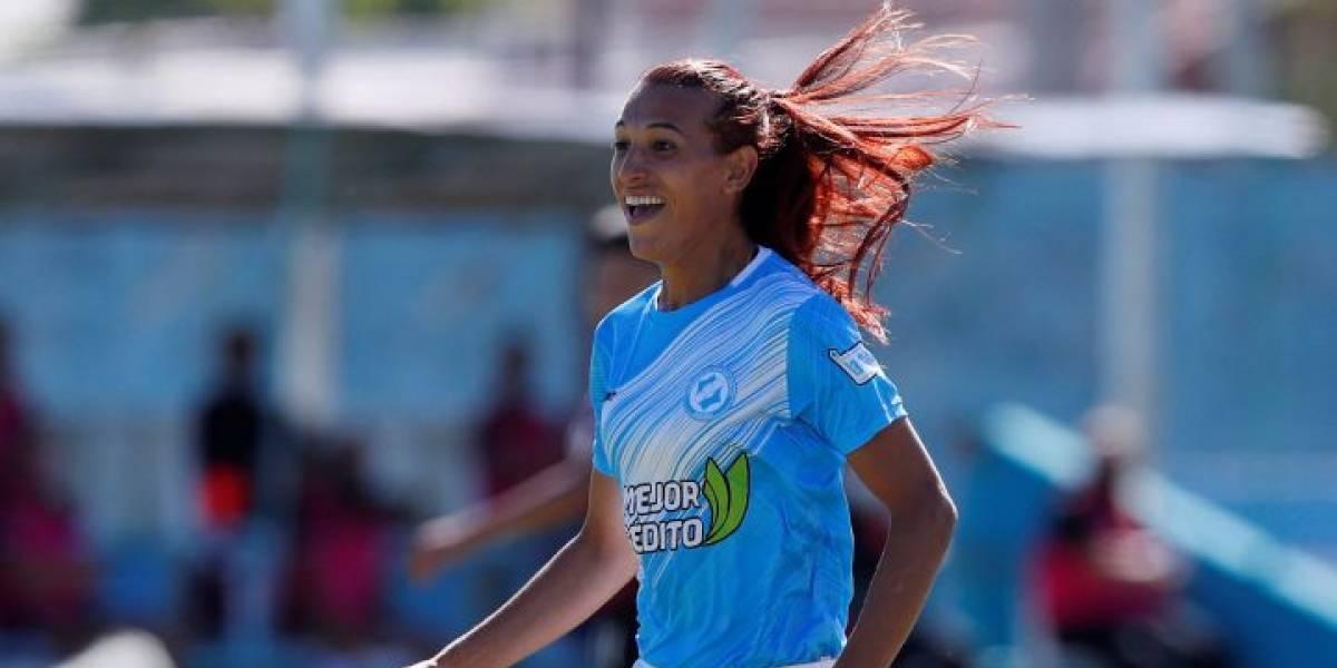 Debuta la primera mujer trans en el fútbol femenino profesional y da la vuelta al mundo