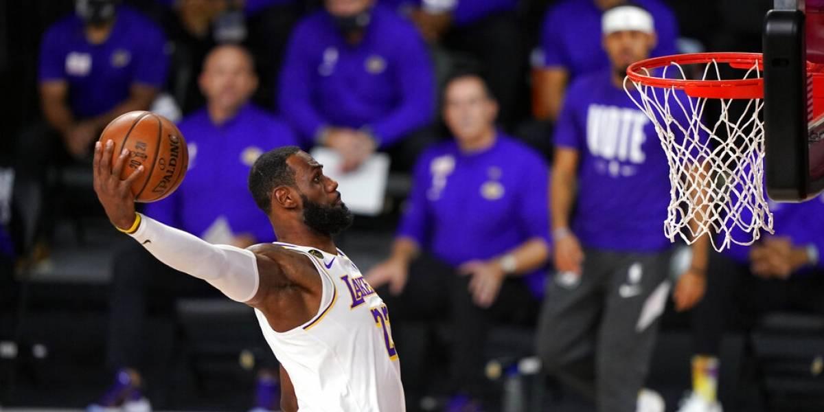Listo LeBron James para nueva temporada de NBA y búsqueda de otro campeonato