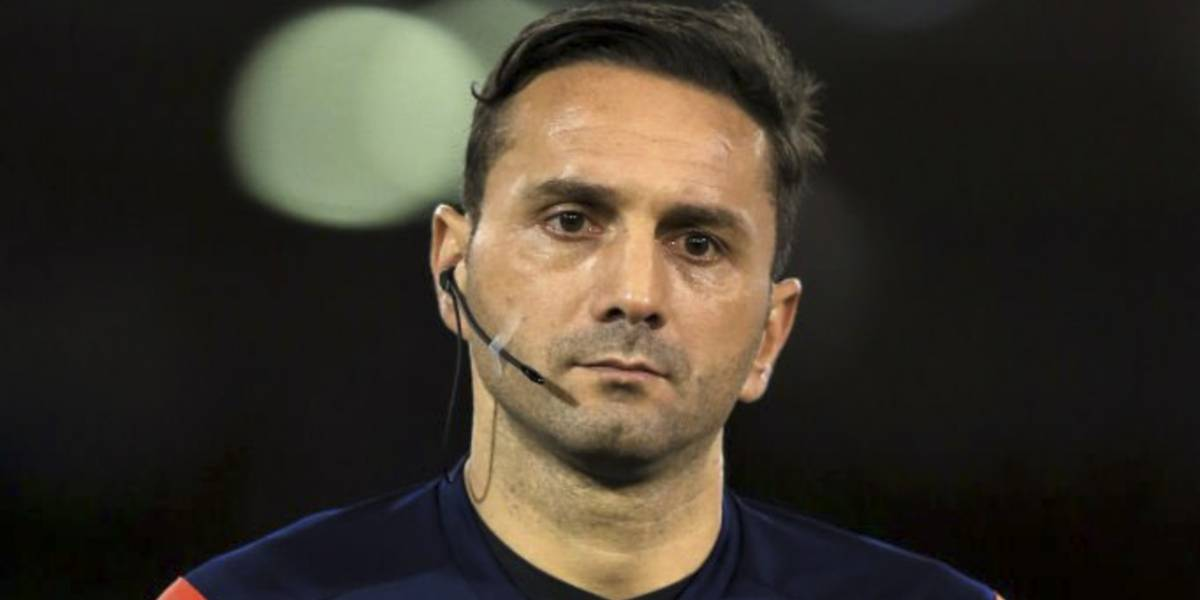 ¿Quién es el árbitro al que acusan de racismo en la Champions League?