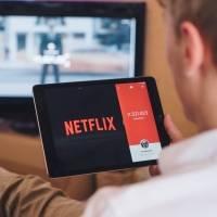 Desarrollan un programa que mide el tiempo diario que le dedicas a Netflix y además sugiere en que actividad pudiste haber empleado esas horas