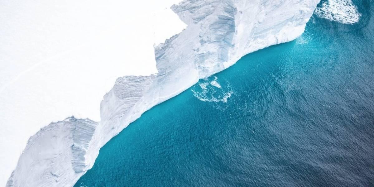 Capturan impresionante video desde el aire del iceberg más grande del mundo